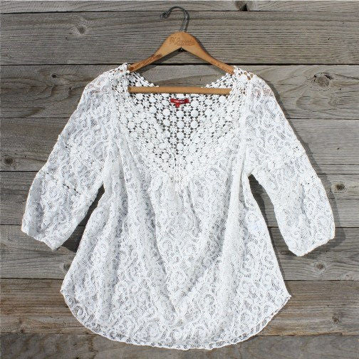 Moonflower Lace Blouse: Featured Product Image