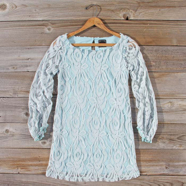 Ocean Kiss Lace Dress: Featured Product Image