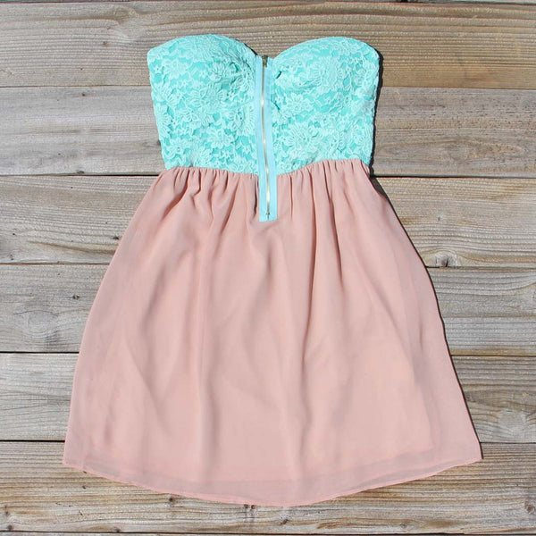 August Glow Dress in Mint: Featured Product Image