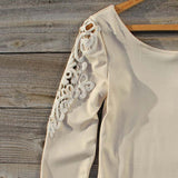 Fireside Lace Tee in Toasted Marshmallow: Alternate View #2