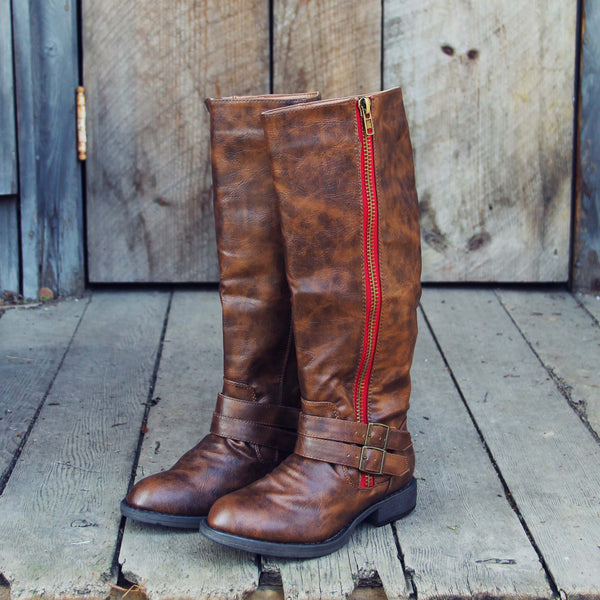 Highlands Boots: Featured Product Image