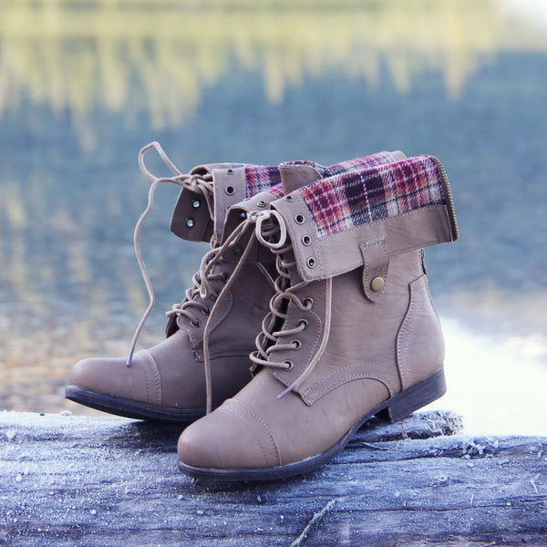 The Lodge Boots in Woodsmoke: Featured Product Image