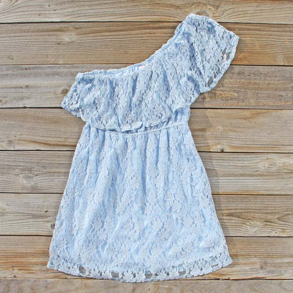 Tidewater Lace Dress: Featured Product Image