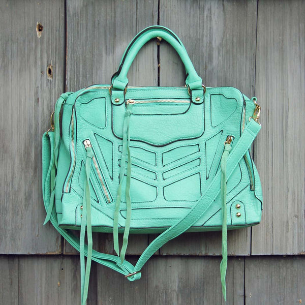 Wild Honey Tote in Mint: Featured Product Image