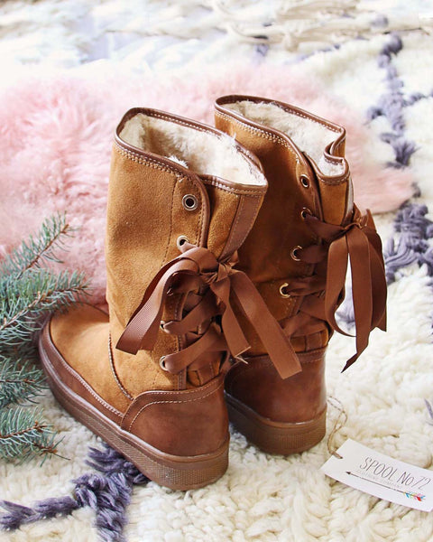 Après Cozy Boots: Featured Product Image