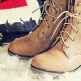 Cascade Lakes Boots in Tan: Alternate View #2