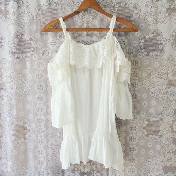 Dreamy Lace Top: Featured Product Image