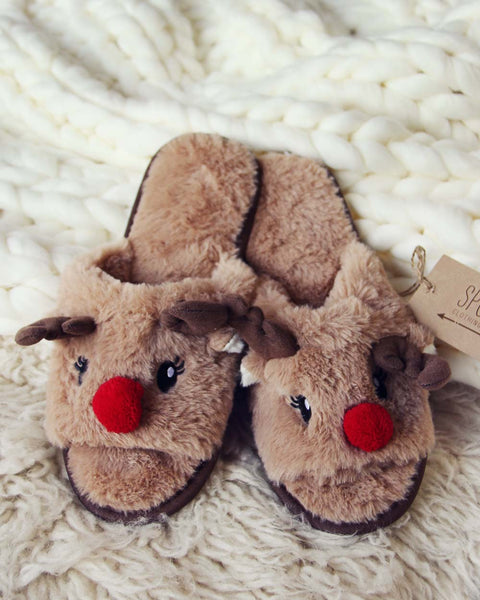 Dreamy Reindeer Slippers: Featured Product Image