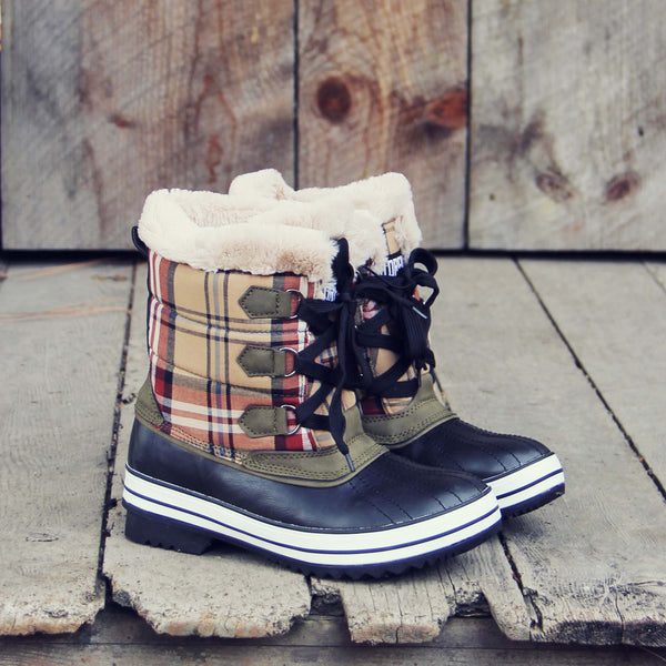 Eskimo Plaid Snow Boots: Featured Product Image