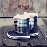 Eskimo Plaid Snow Boots in Navy: Alternate View #3