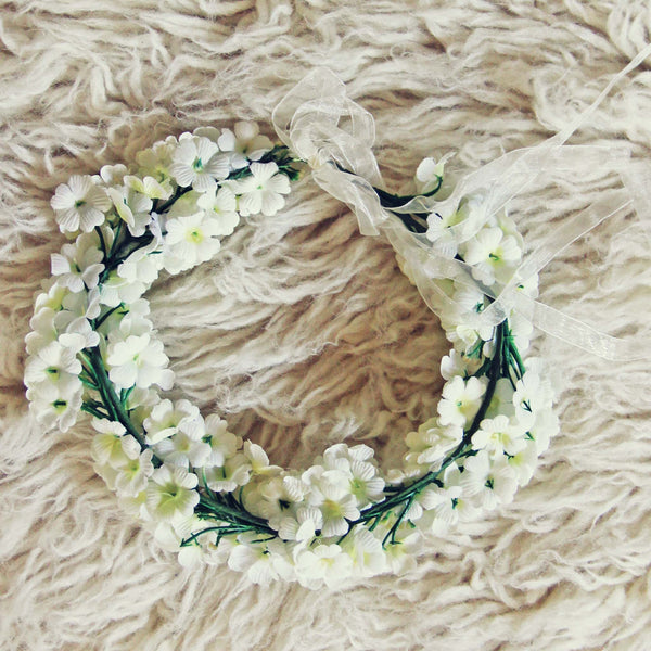 Flower Crown in White: Featured Product Image