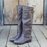 The Freestone Boots in Gray: Alternate View #3