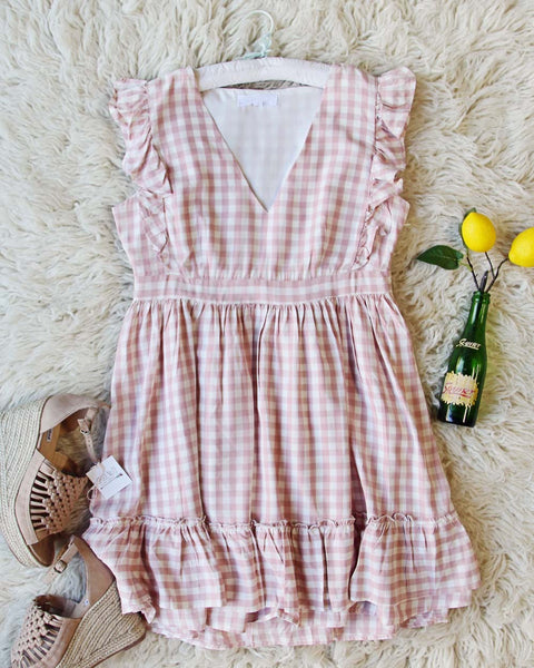 Gingham Sweet Dress: Featured Product Image