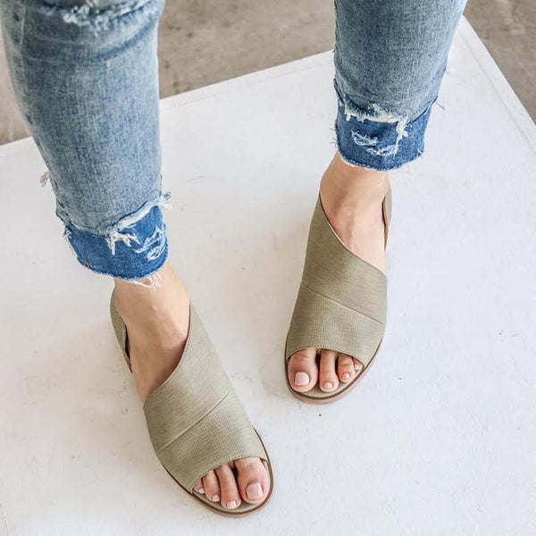The Harley Booties in Khaki: Featured Product Image