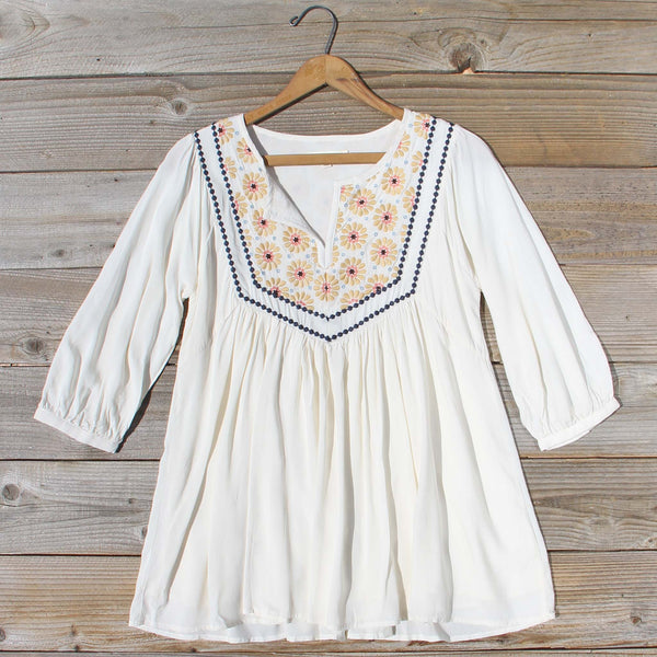 Hidden Sun Blouse: Featured Product Image