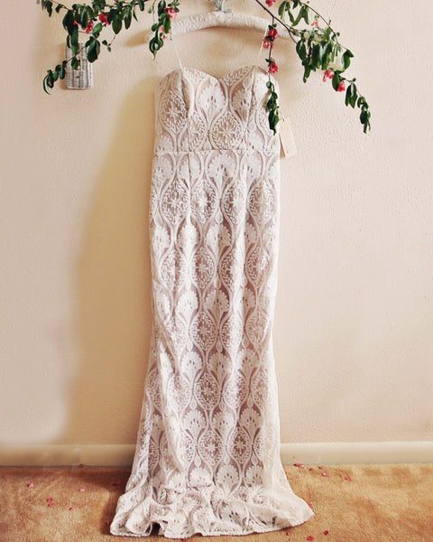 Lace Mermaid Maxi Dress: Featured Product Image