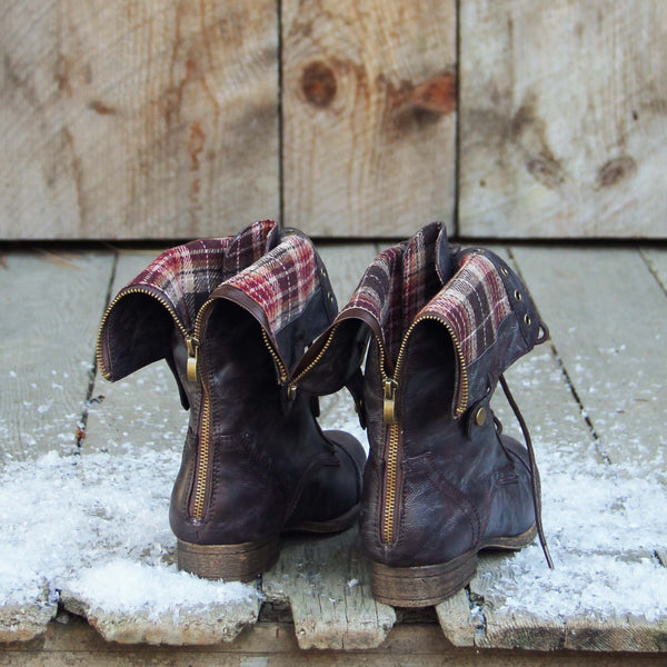 The Lodge Boots in Fir: Featured Product Image