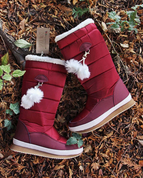 The Lunar Snow Boots: Featured Product Image