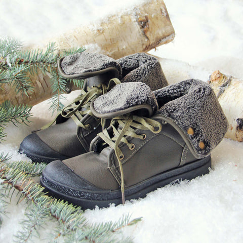 Jack Frost Booties in Sage