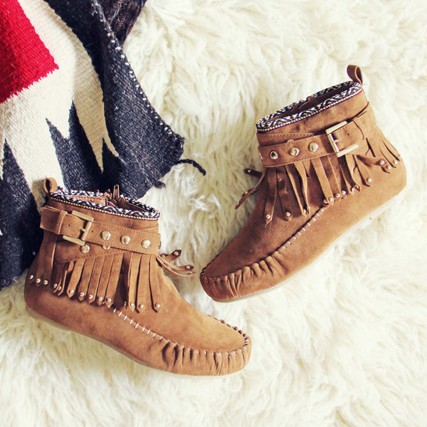 Mountain Gypsy Moccasins: Featured Product Image