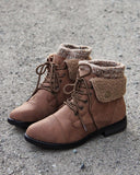 The Nor'Easter Boots in Tan: Alternate View #1