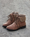 The Nor'Easter Boots in Tan: Alternate View #4
