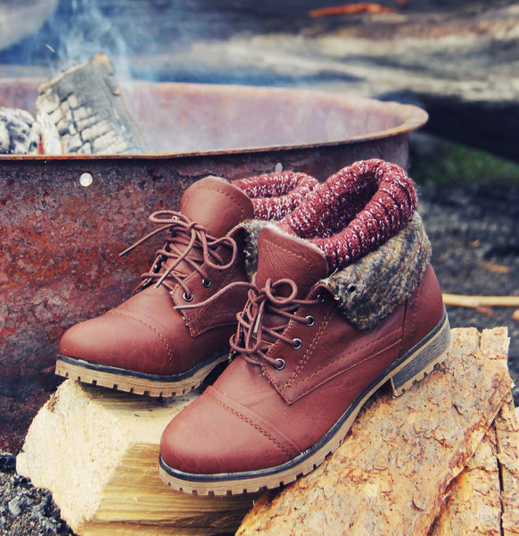 The Nor'wester Boots in Brown: Featured Product Image