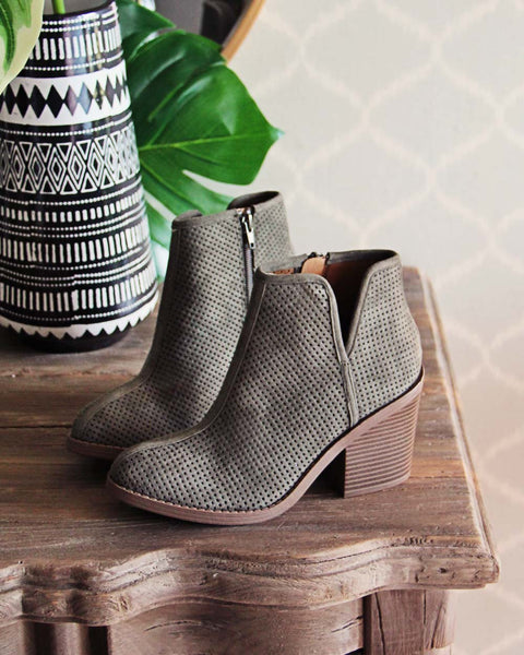 Olive & Spruce Boots: Featured Product Image