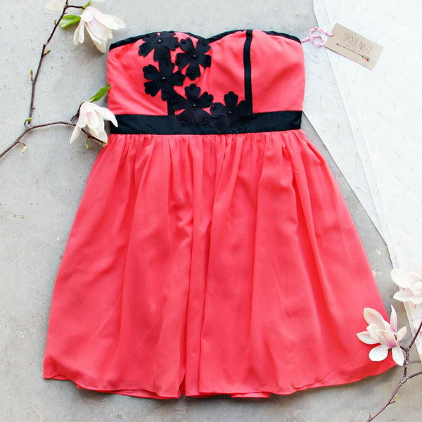 Onyx Flower Dress: Featured Product Image
