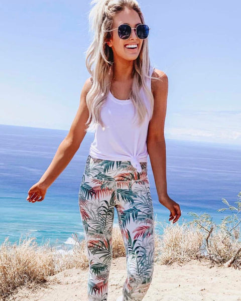 Sporty Gym Leggings in Palm: Featured Product Image
