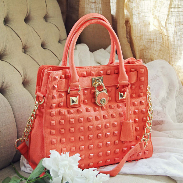 Peaches & Studs Tote: Featured Product Image