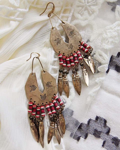 Shadow Sands Earrings: Featured Product Image