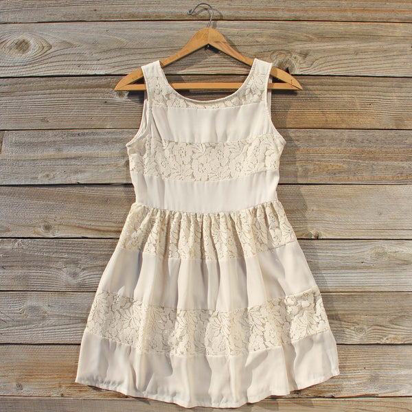 Snow Frost Lace Dress: Featured Product Image