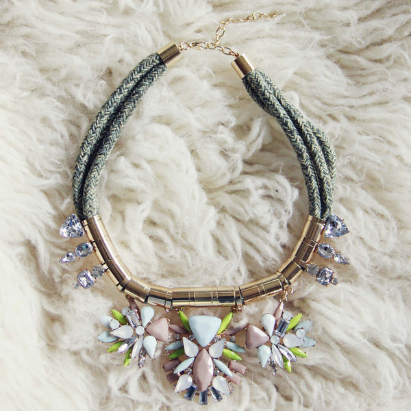 Snow Falls Necklace: Featured Product Image