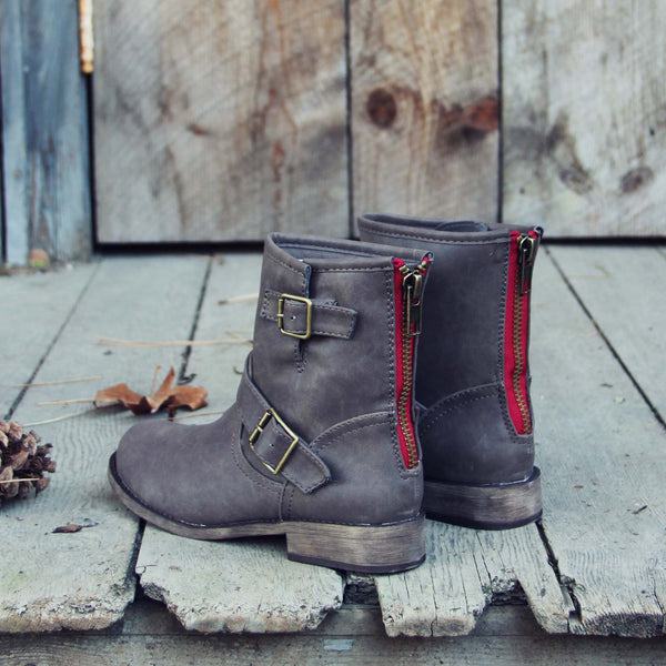 Snowy Creek Boots: Featured Product Image