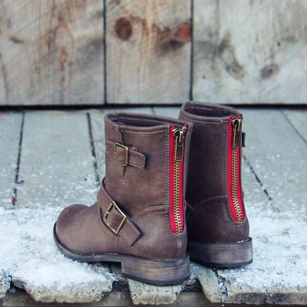 Snowy Creek Boots in Oak: Featured Product Image