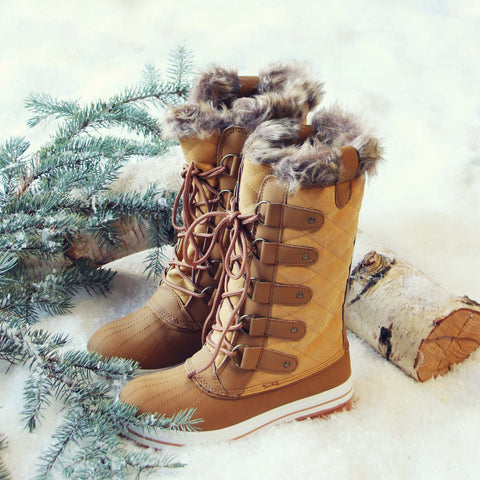 The Snowy Pines Snow Boots in Tan