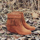 Spirit River Moccasins: Alternate View #1