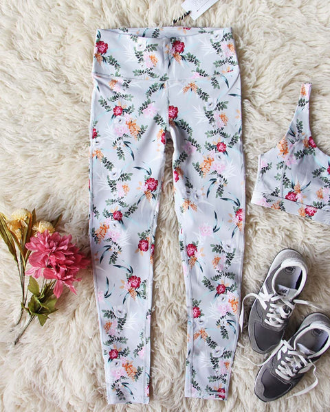 Sporty Gym Leggings in Floral: Featured Product Image