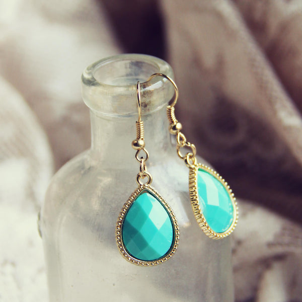 Stone Cast Earrings: Featured Product Image