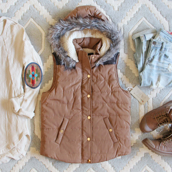 Suncadia Hooded Vest in Camel: Featured Product Image