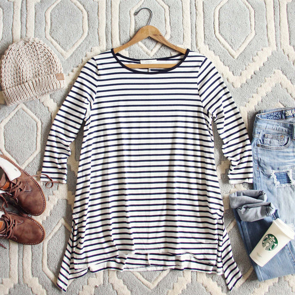 Sweet & Basic Stripe Tee: Featured Product Image