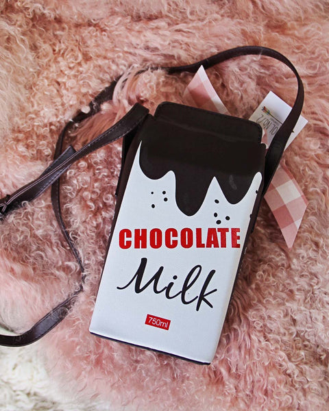 Sweet & Fresh Tote in Chocolate: Featured Product Image