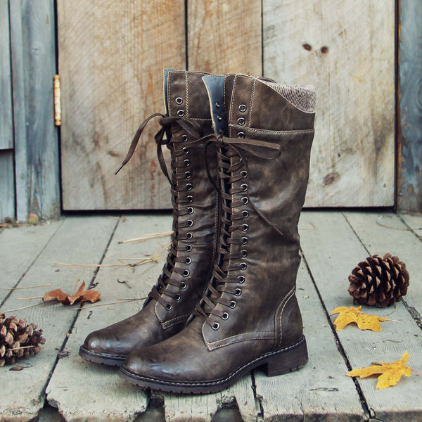 The Chehalis Boots in Ash: Featured Product Image