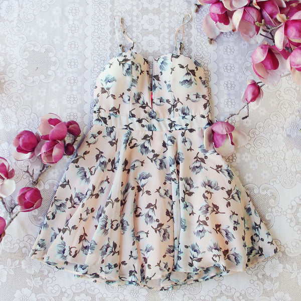 The Dogwood Dress: Featured Product Image
