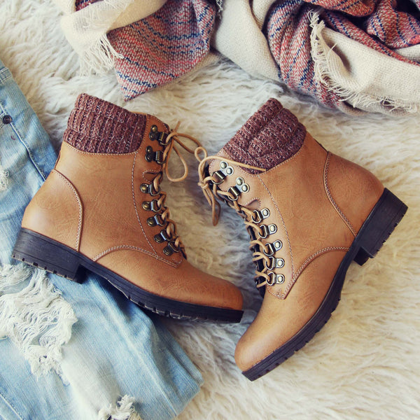 The Grizzly Boots in Tan: Featured Product Image