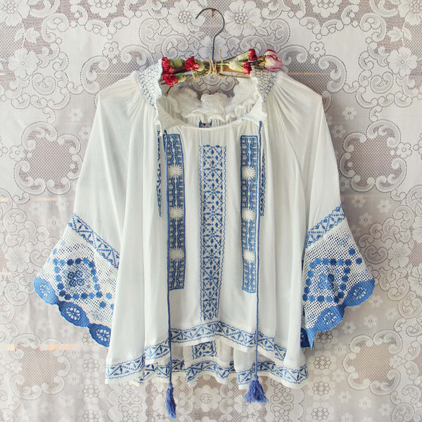 The Tieton Blouse: Featured Product Image