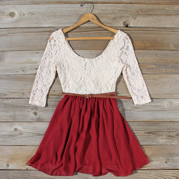 Timber Lace Dress in Burgundy: Featured Product Image