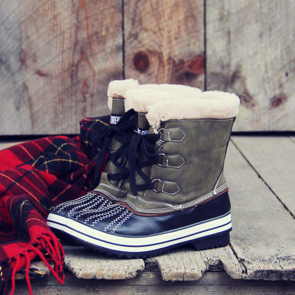 The Timber Snow Boots: Featured Product Image