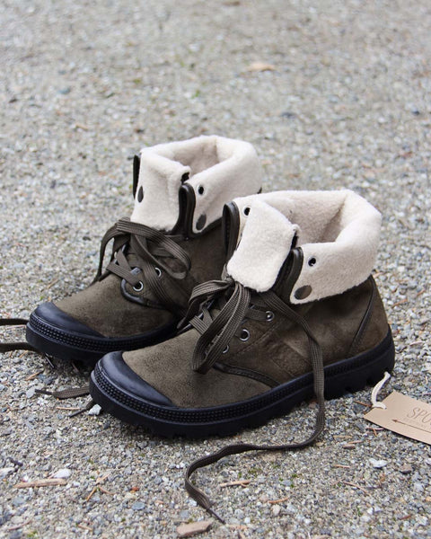 Tonasket Hiker Boots in Sage: Featured Product Image